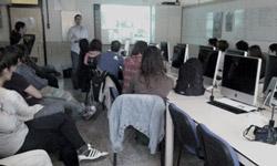 Iñaki-Gorostiza-LIN3S presentando la web del Museo Guggeneheim Bilbao en Usandizaga Diseño