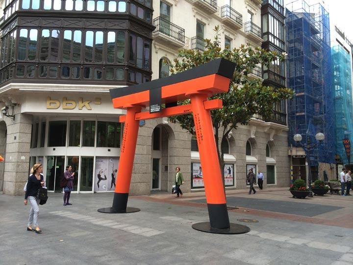 Torii-in-Gran-Víia-Bilbao