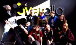 Visita de estudiantes de Diseño a Overalia