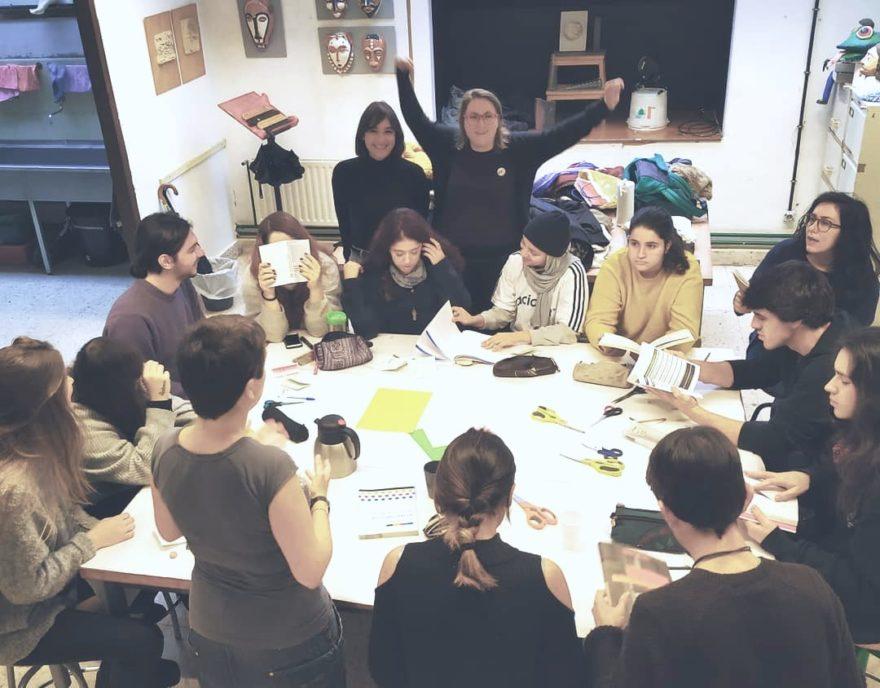 Euskarazko Diseinu Grafiko glosategia prestatzen taldean, Alaiondoko Ohiana eta Nerearekin batera